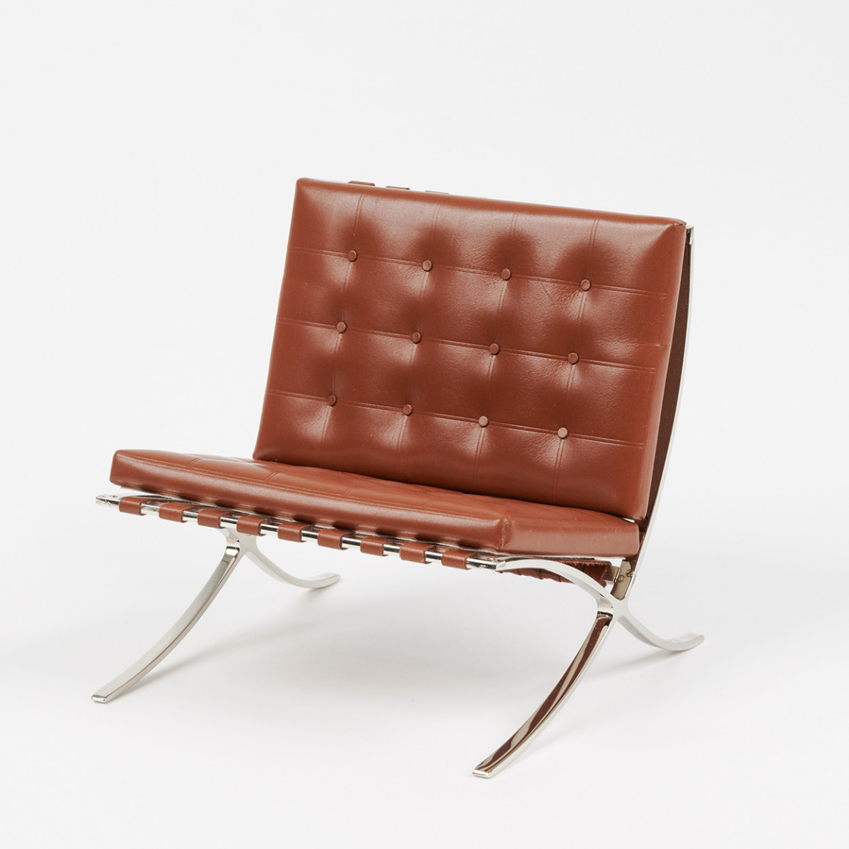 Miniature Ludwig Mies van der Rohe's MR 90 Barcelona chair, 1929