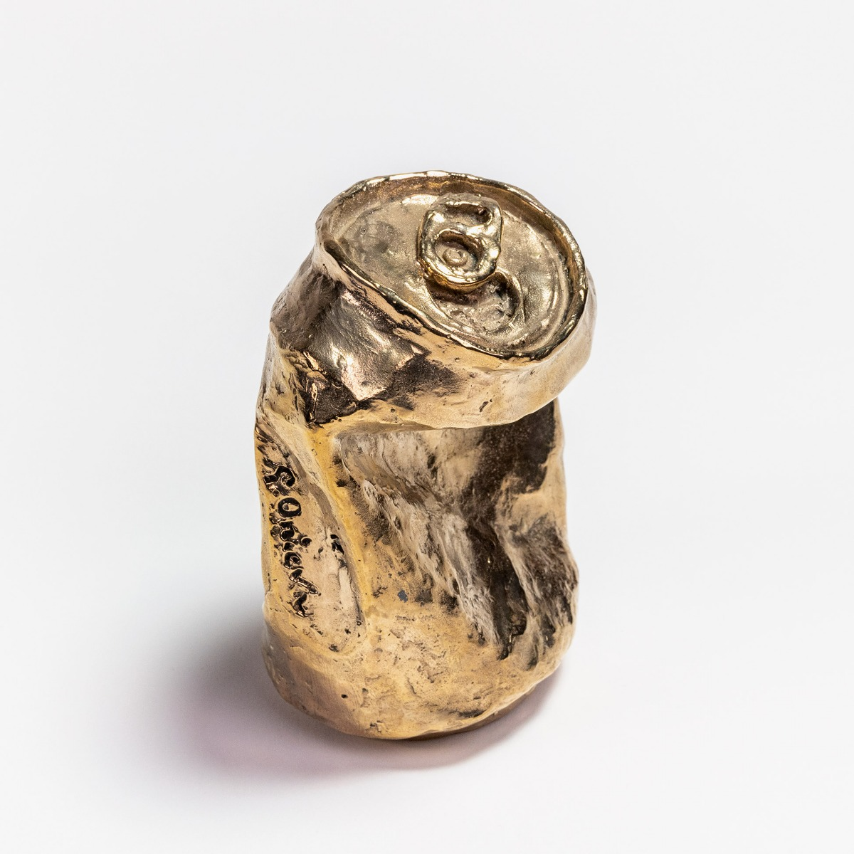 Bronze can