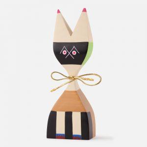 Wooden doll nº 9